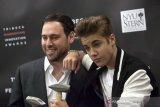 Justin Bieber, Ariana Grande dan BTS kini satu manajemen