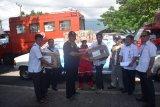 PT Antam menyalurkan bantuan kemanusiaan ke Batang Dua