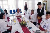 Presentasi 'table manner' siswa SMKN 3 Palangka Raya tuai pujian pejabat Pemprov Kalteng