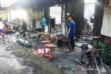 Kebakaran minimarket dan 17 kios di  Agam