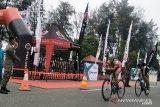 Isu ubur-ubur bluebottle bikin gamang atlet asing ikuti Pariaman Internasional Triathlon 2019