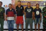 Tiga WNA asal Cina ditangkap Intelijen Korem 173/PVB Biak di Waropen