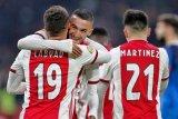Ajax menjaga keunggulan enam poin Liga Belanda usai cukur Heracles 4-1