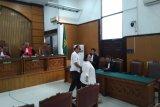 Komedian Srimulat Nunung dan suami divonis 1,5 tahun penjara