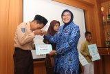 97 siswa di Sleman menerima bantuan dana pendidikan L-OTA DIY