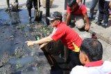 Pemkot Palembang dorong komunitas tebar benih ikan di Sungai Musi