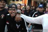 Suporter Indonesia yang ditahan di Malaysia tiba di Bali