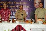 Ribuan ASN Sijunjung dapat pencerahan dari pakar komunikasi Dr. Aqua Dwipayana