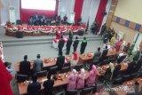 Tiga Pimpinan DPRD Kolaka dilantik