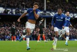 Everton tinggalkan zona degradasi usai jungkalkan Chelsea 3-1