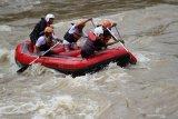 Disporapar Bengkayang Kalbar maksimalkan potensi destinasi wisata alam arung jeram