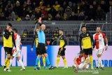 Dortmund lolos ke 16 besar, bekuk Slavia hanya dengan 10 pemain