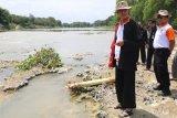 Ganjar peringatkan perusahaan yang nekat cemari Sungai Bengawan Solo