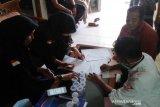 Komisioner-pegawai KPU Agam jalani tes urine cegah penyalahgunaan narkotika