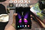 Samsung akan luncurkan ponsel lipat