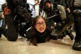 Massa Hong Kong ricuh jelang kemungkinan pertemuan Xi - Lam