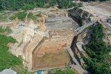 Penimbunan bendungan Kuwil Kawangkoan di bagian hulu terkendala pembebasan lahan