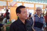 Anggota DPRD Padang meminta Dinas Perdagangan setempat segara sediakan tempat berdagang di pasar Belimbing