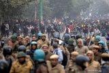 Bentrokan meletus di Ibu Kota India terkait protes UU kewarganegaraan