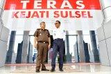 Gubernur Sulsel : Dulu kepala daerah hadir di Kejati karena bermasalah