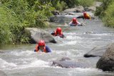 Padang Panjang provides riverboarding sport for tourists