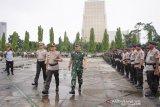 Polda Riau kirim 100 personel Brimob ke Papua