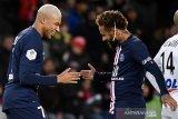 Pandemi COVID-19 bakal paksa Mbappe dan Neymar bertahan di PSG musim depan