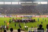 Hariono mencetak gol perpisahan dengan Persib