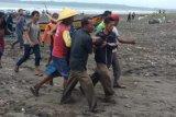 Bocah tenggelam di Pantai Kemiren Cilacap dievakuasi