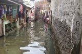 Permukiman penduduk di Baturaja  dilanda banjir akibat hujan deras
