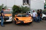 Polisi sita Lamborghini penodong pistol dalam kondisi rusak
