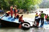 Setidaknya 28 korban tewas, evakuasi korban Bus Sriwijaya dihentikan sementara