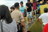 Polres Talaud lakukan pengamanan arus mudik di pelabuhan Melonguane