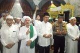 Bupati Nadalsyah hadiri tabligh akbar Guru Udin