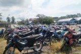 Ratusan kendaraan barang bukti pelanggaran dan kecelakaan menumpuk di Lantas Pariaman