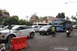 Polisi rekayasa lalu lintas Jalan Parangtritis saat libur akhir tahun 2019