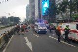 Tujuh pesepeda terluka akibat ditabrak minibus di Jalan Sudirman