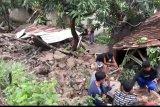 Hujan lebat di Bandarlampung sebabkan 19 titik banjir dengan 4 rumah rusak