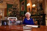 Ratu Elizabeth restui Pangeran Harry dan Meghan keluar dari kerajaan Inggris