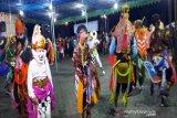 Pergantian tahun, ratusan warga Merapi  dihibur tari tradisional