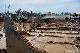 Banjir di Lebak menghanyutkan 1.649 rumah warga