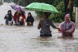 BMKG prakirakan cuaca ekstrem melanda sebagian besar wilayah Indonesia sepekan ke depan
