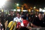 Presiden Jokowi menyaksikan pesta kembang api di Titik Nol Yogyakarta
