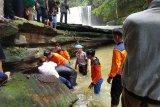 Seorang pemuda tewas karena tenggelam  di air terjun Jantur Doyan
