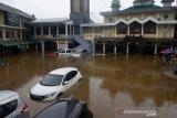 BMW Astra siap bantu pemilik kendaraan yang terkena banjir