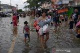 Banjir Jakarta bukan salah kita semua, lantas salah siapa?