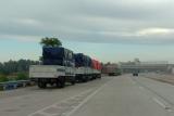 PUPR: Jalan tol dan nasional wajib dukung jalur logistik selama PSBB