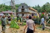 Polres Sangihe kerahkan personel bantu korban banjir di Kampung Lebo