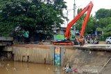 Pintu air Manggarai Jakarta siaga tiga, dampak hujan Sabtu dini hari