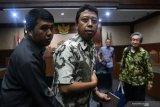 Suap pejabat Kemenag, PT Jakarta korting vonis mantan Ketum PPP jadi 1 tahun penjara